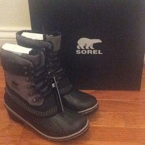 🆕 SOREL fleece lined snow rain boots- size 5.5